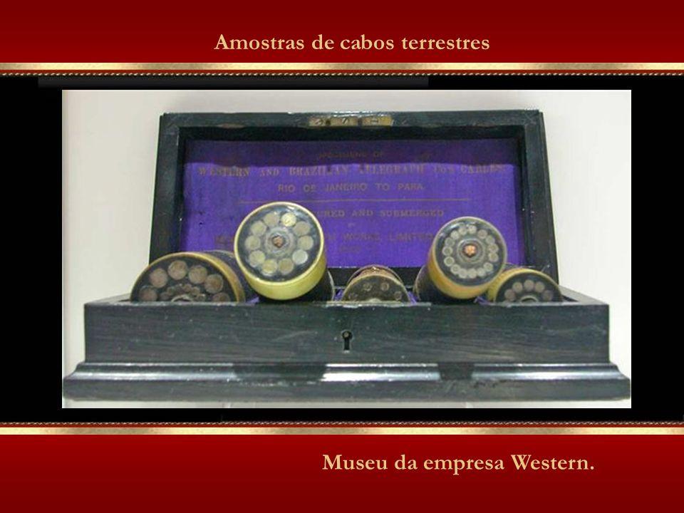 Museu da empresa Western. Amostras de cabos terrestres