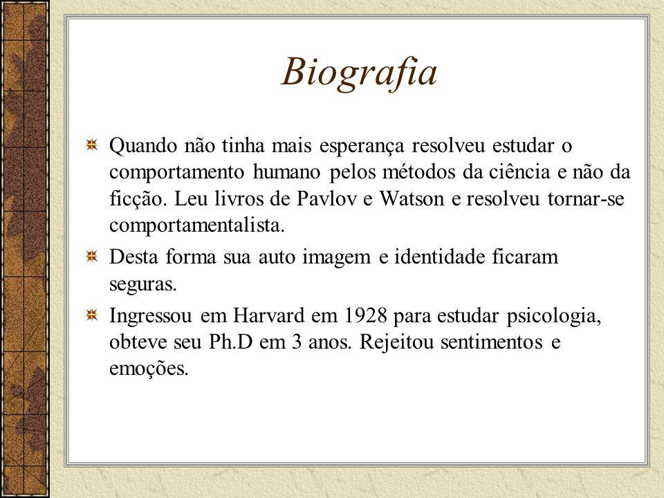 Biografia Ficou em Harvard até 1936 com bolsa de estudo de pós doutorado.