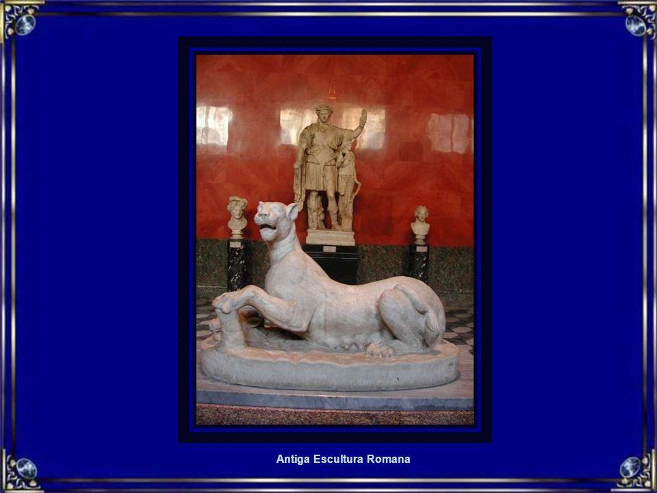 Antiga Escultura Romana