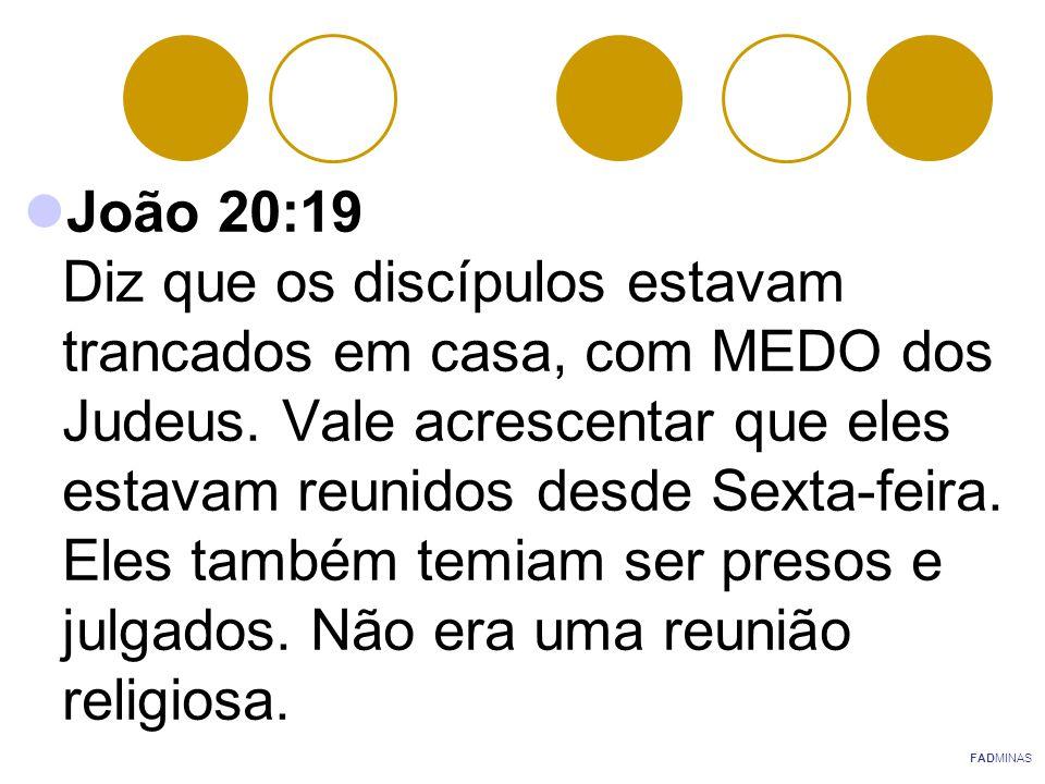 Atos 20:7 Esta é a primeira passagem que menciona uma reunião religiosa no primeiro dia da semana, o Domingo.