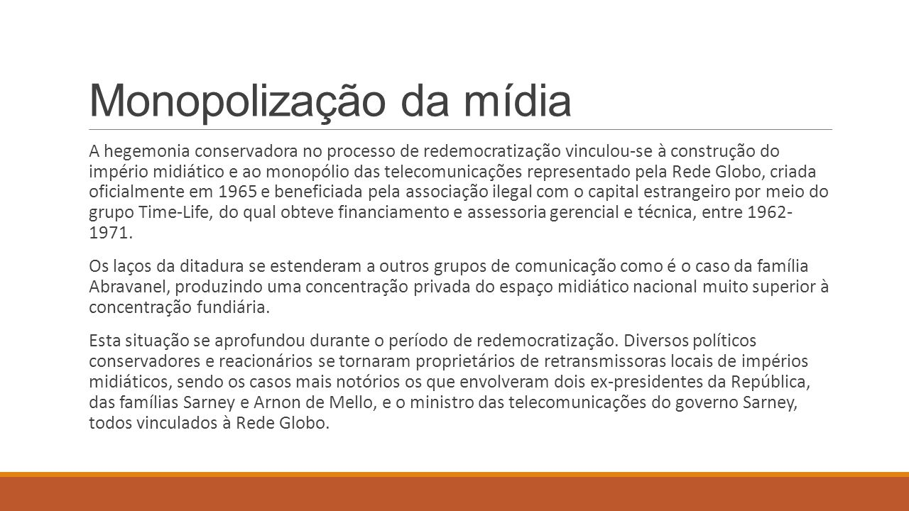 O golpe de 1964 e a derrota das estratégias de desenvolvimento nacional e de socialismo nacional Durante a guerra fria, a sociedade brasileira foi levada a abandonar a estratégia de desenvolvimento nacional e a adotar a estratégia de desenvolvimento associado, ou dependente.