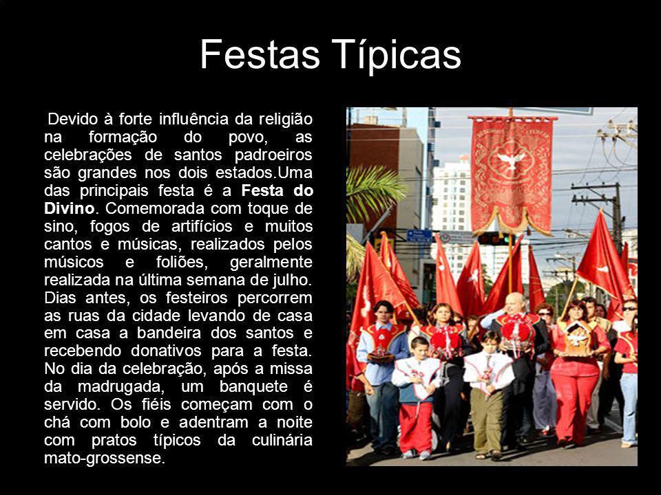 Danças Rasqueado Cuiabano Segundo o Dicionário Musical Brasileiro, de Mário de Andrade, a origem do rasqueado cuiabano vem dos acordes em glissandos, rápidos, rasgado, rasgadinho.