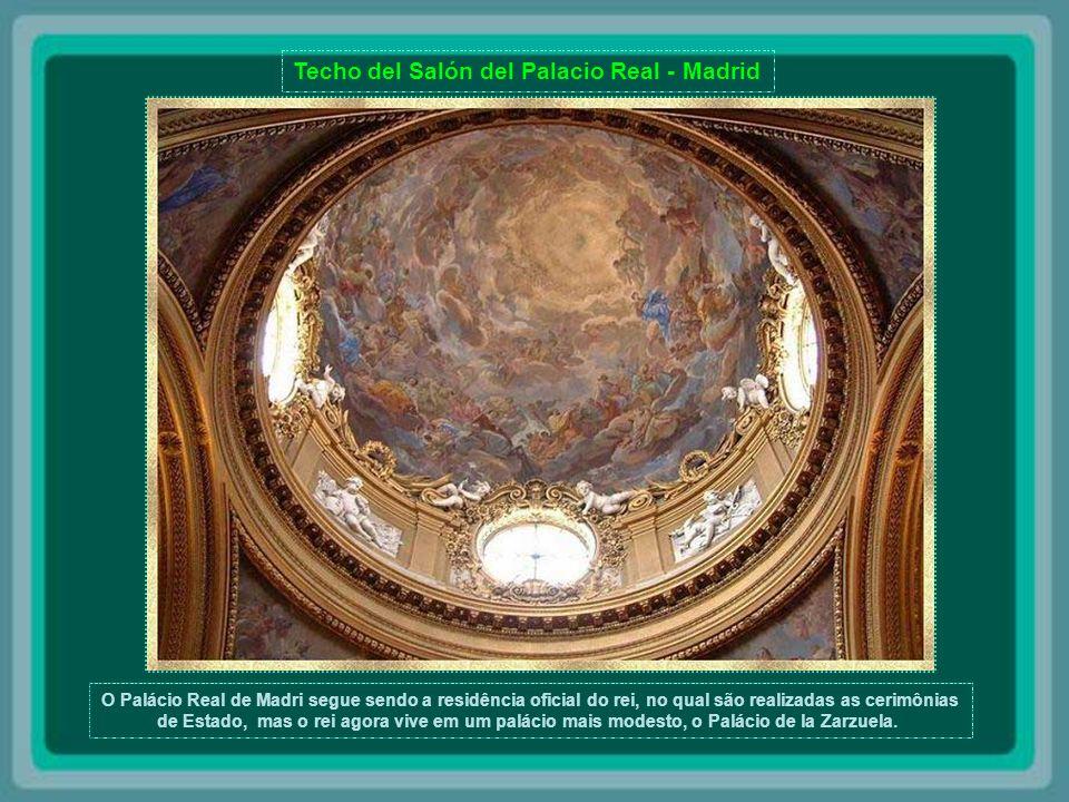 Techo del Salón del Palacio Real - Madrid