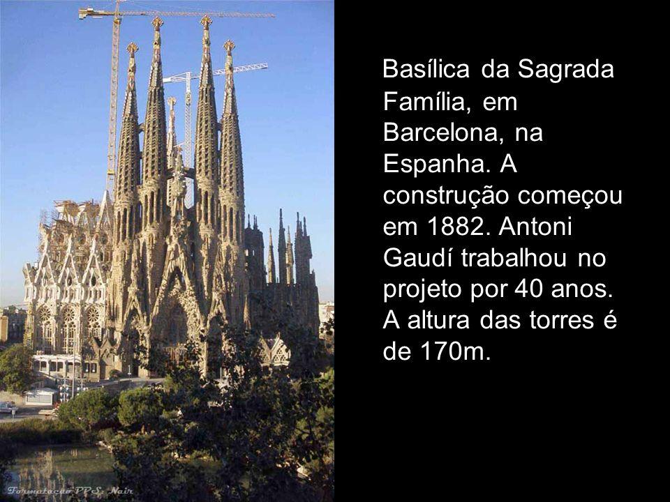 Basílica da Sagrada Família, em Barcelona, na Espanha