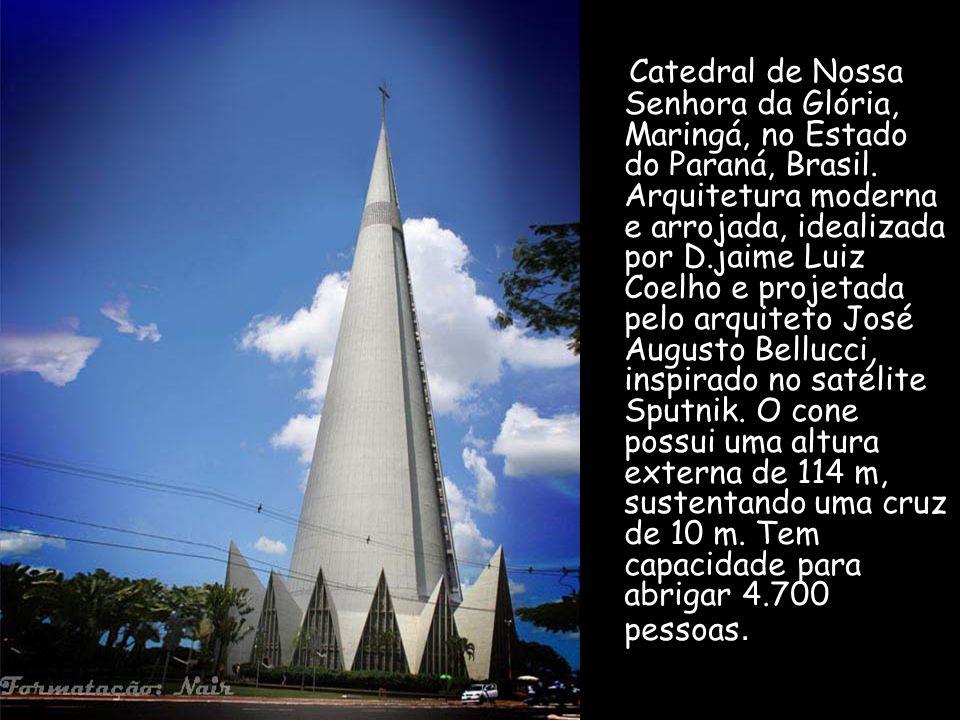 Catedral de Nossa Senhora da Glória, Maringá, no Estado do Paraná, Brasil.