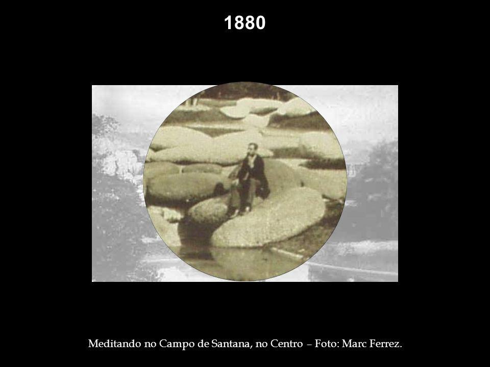 Meditando no Campo de Santana, no Centro – Foto: Marc Ferrez.