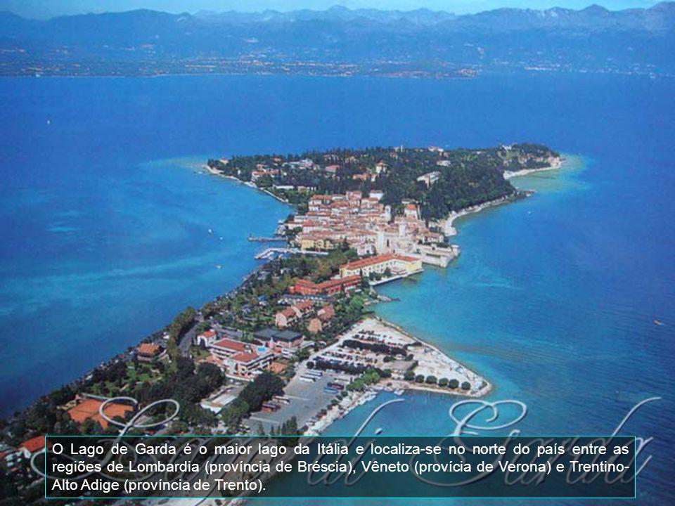 O Lago de Garda é o maior lago da Itália e localiza-se no norte do país entre as regiões de Lombardia (província de Bréscia), Vêneto (provícia de Verona) e Trentino-Alto Adige (província de Trento).