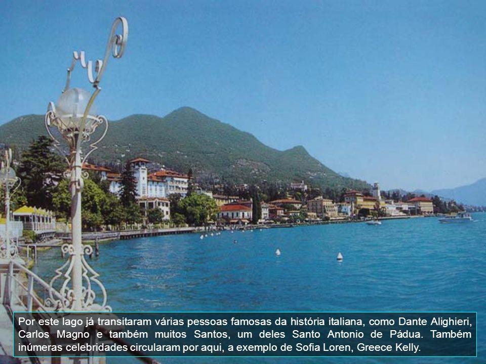 Por este lago já transitaram várias pessoas famosas da história italiana, como Dante Alighieri, Carlos Magno e também muitos Santos, um deles Santo Antonio de Pádua.