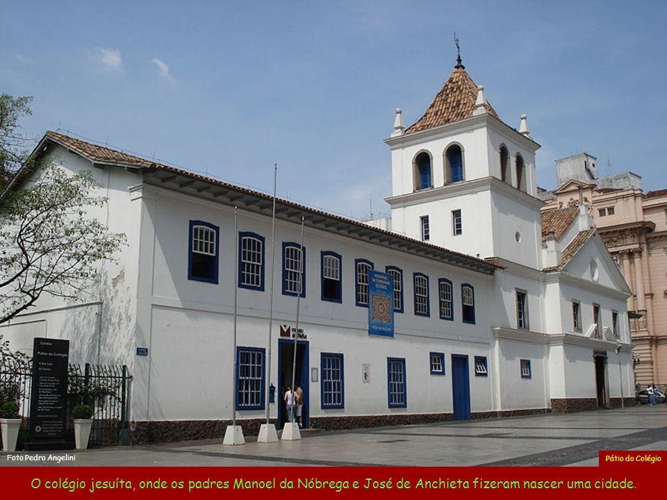 Foto Pedro Angelini Pátio do Colégio.