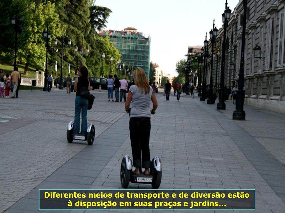 IMG_1087 - ESPANHA - MADRID - CARRINHOS-700