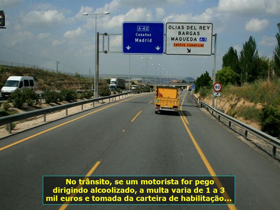 IMG_1010 - ESPANHA - RODOVIA DE TOLEDO A MADRID - ILUMINADA-700
