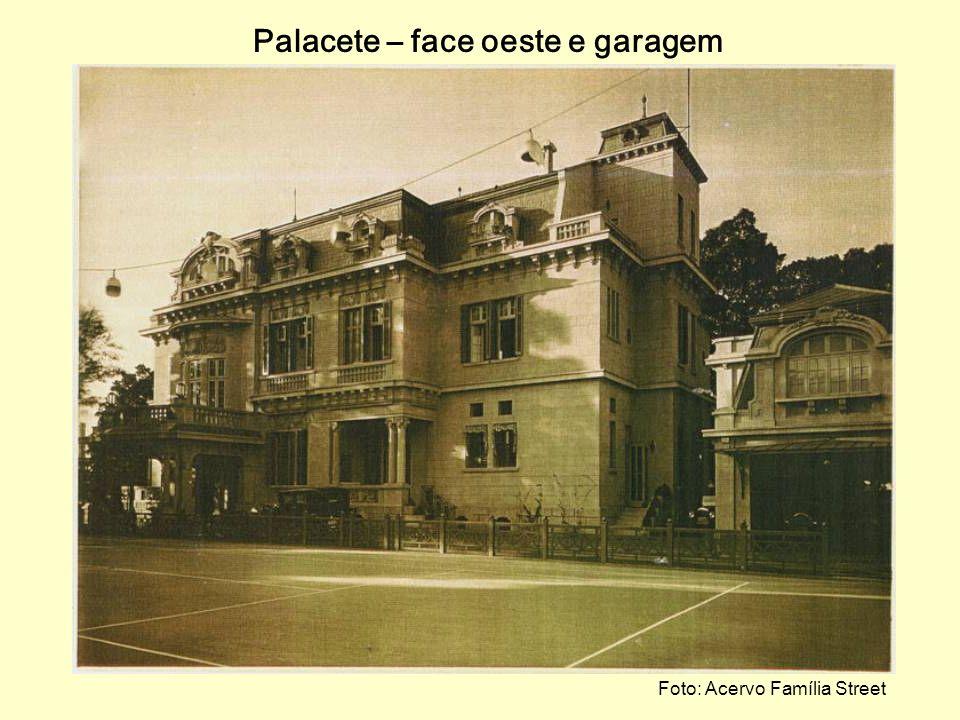 Palacete – face oeste e garagem