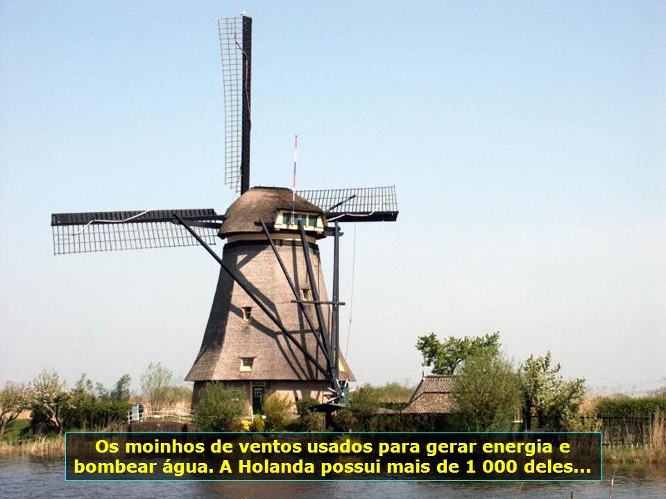 Os moinhos de ventos usados para gerar energia e bombear água