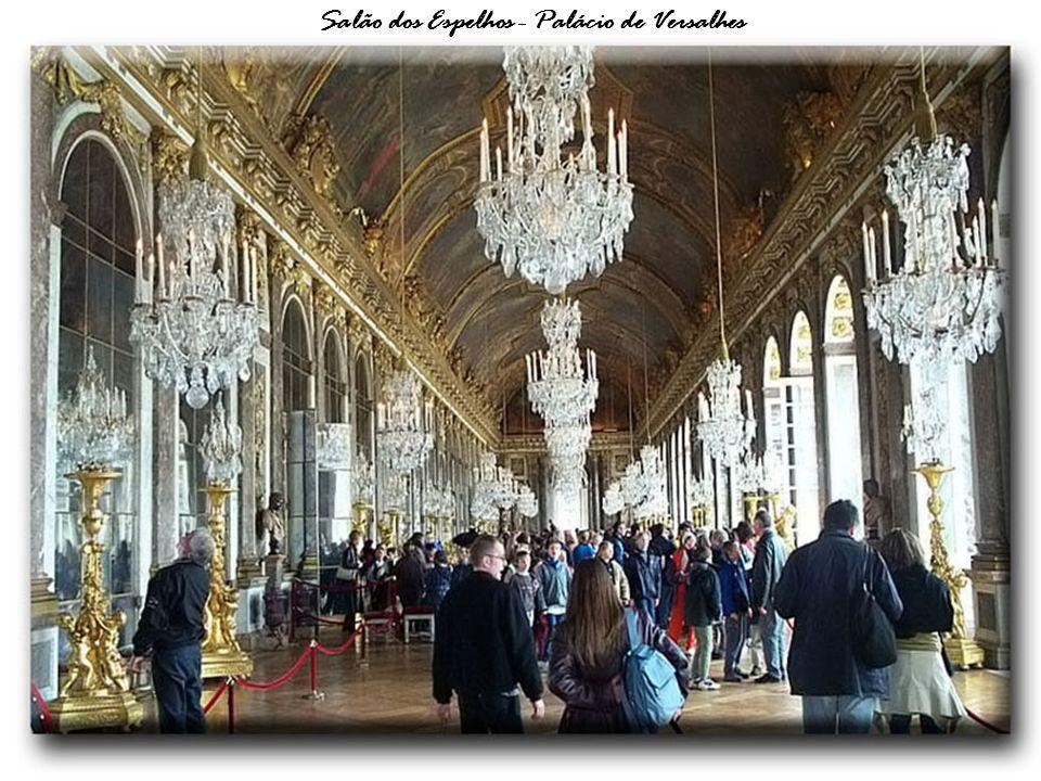 Salão dos Espelhos - Palácio de Versalhes