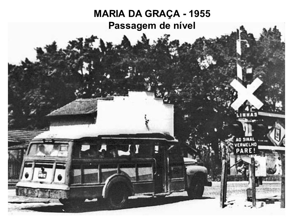 MARIA DA GRAÇA - 1955 Passagem de nível