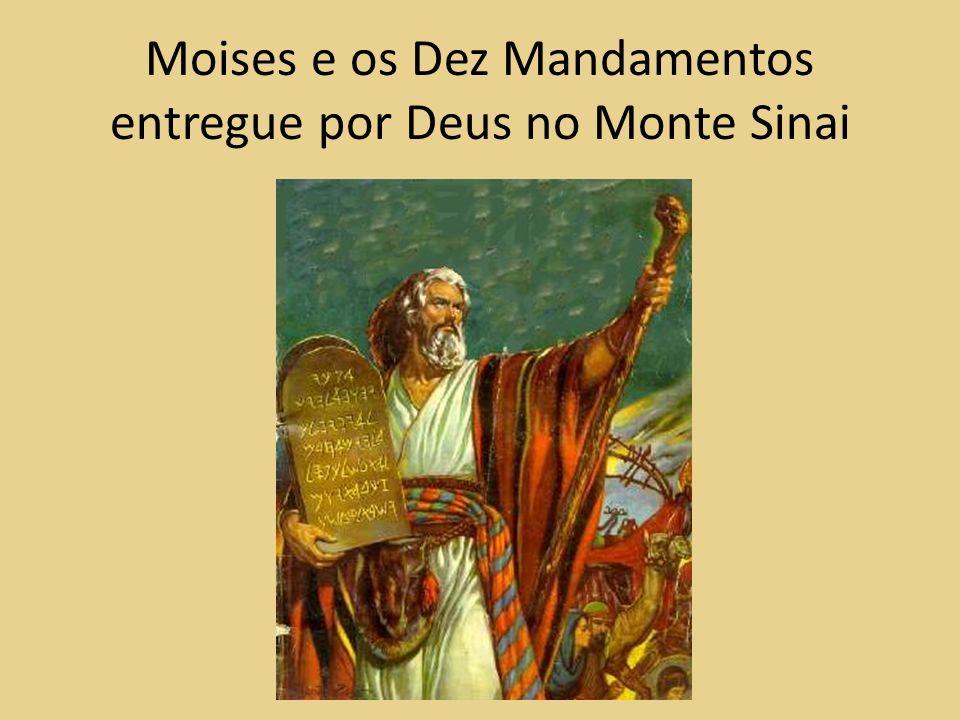 Moises e os Dez Mandamentos entregue por Deus no Monte Sinai