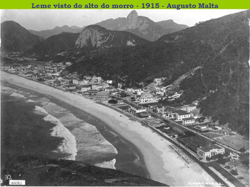 Leme visto do alto do morro - 1915 - Augusto Malta