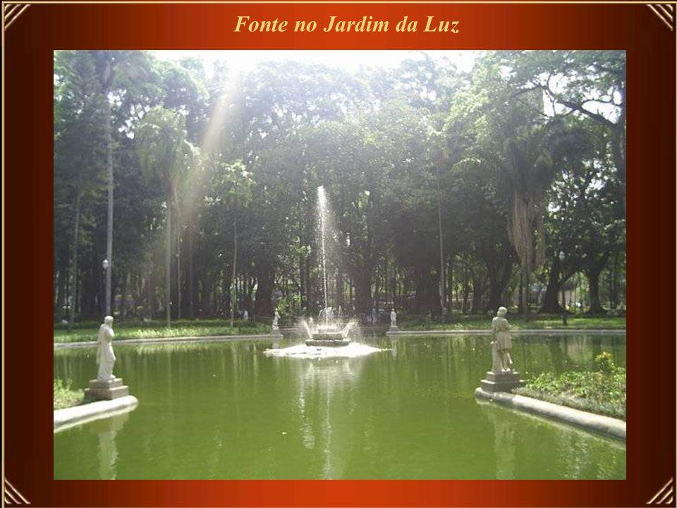 Fonte no Jardim da Luz