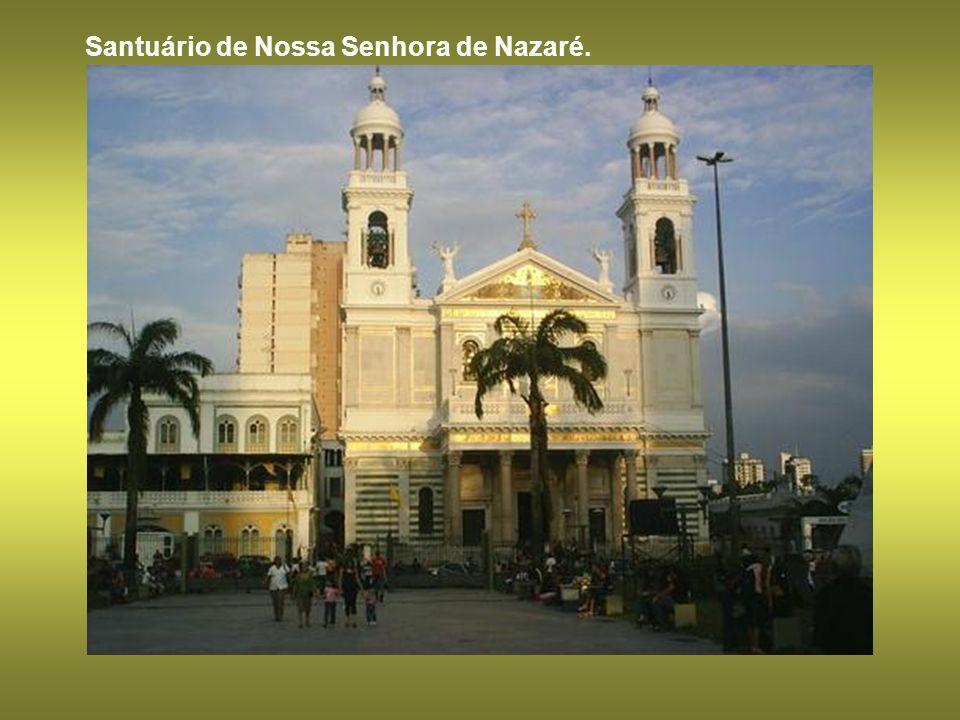 Santuário de Nossa Senhora de Nazaré.