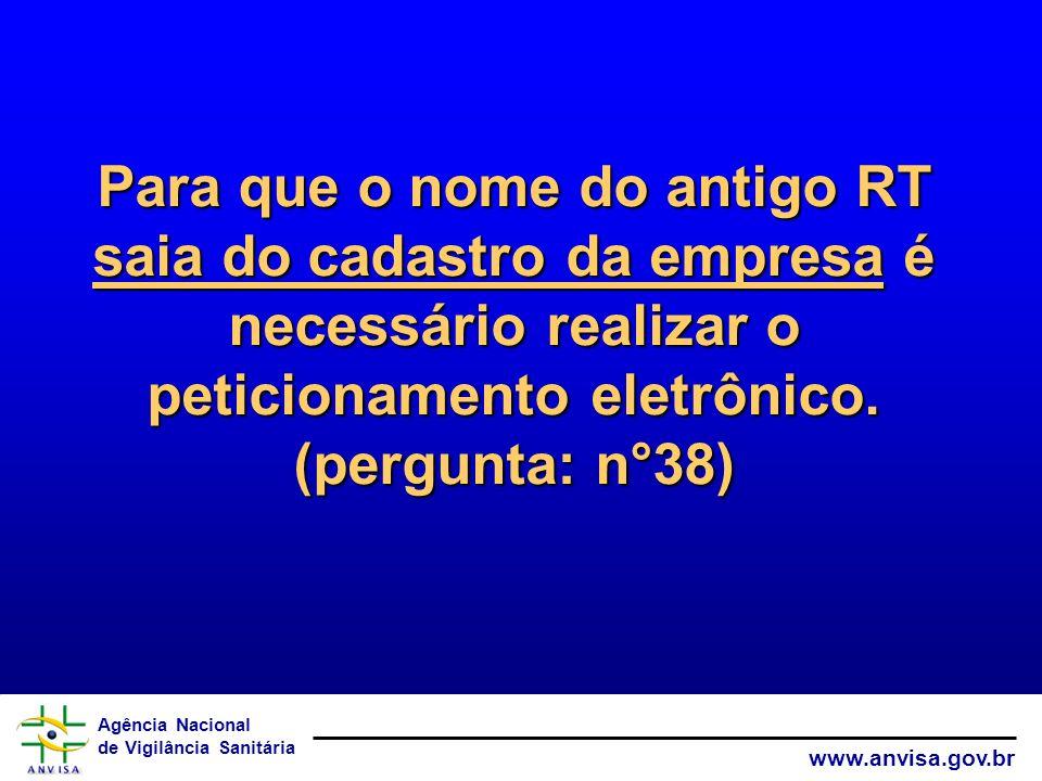 Para que o nome do antigo RT saia do cadastro da empresa é necessário realizar o peticionamento eletrônico.