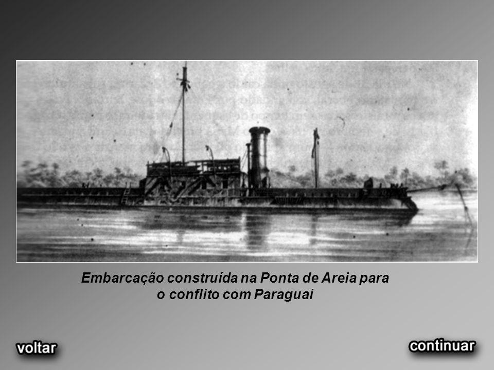 Embarcação construída na Ponta de Areia para o conflito com Paraguai