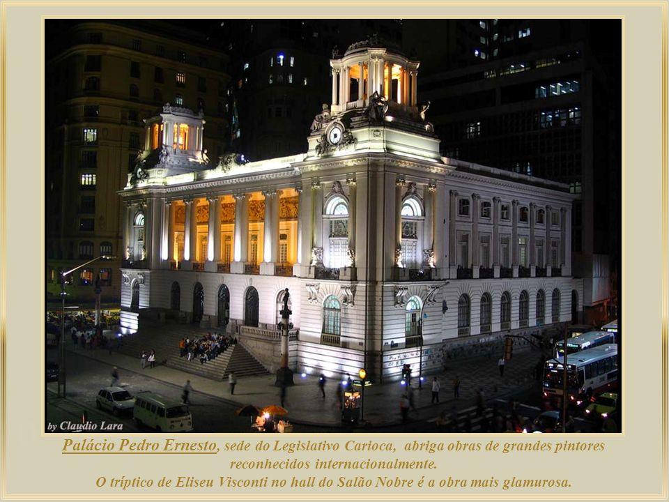 Palácio Pedro Ernesto, sede do Legislativo Carioca, abriga obras de grandes pintores reconhecidos internacionalmente.