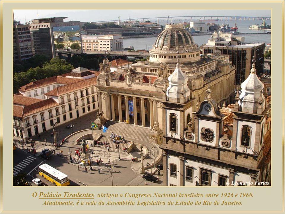 O Palácio Tiradentes abrigou o Congresso Nacional brasileiro entre 1926 e 1960.