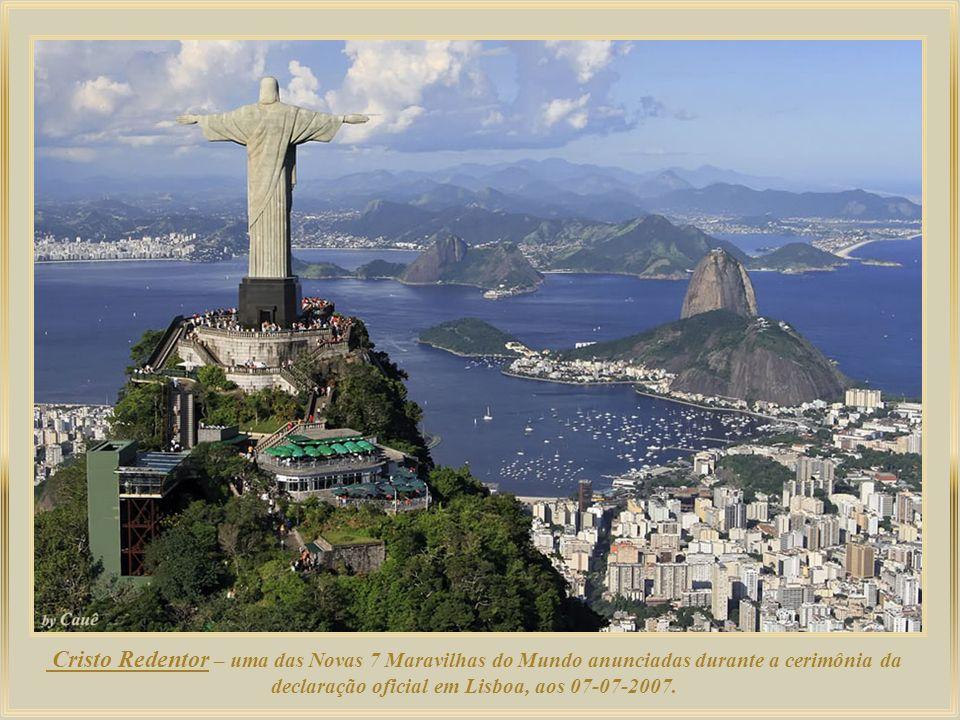 Cristo Redentor – uma das Novas 7 Maravilhas do Mundo anunciadas durante a cerimônia da declaração oficial em Lisboa, aos 07-07-2007.