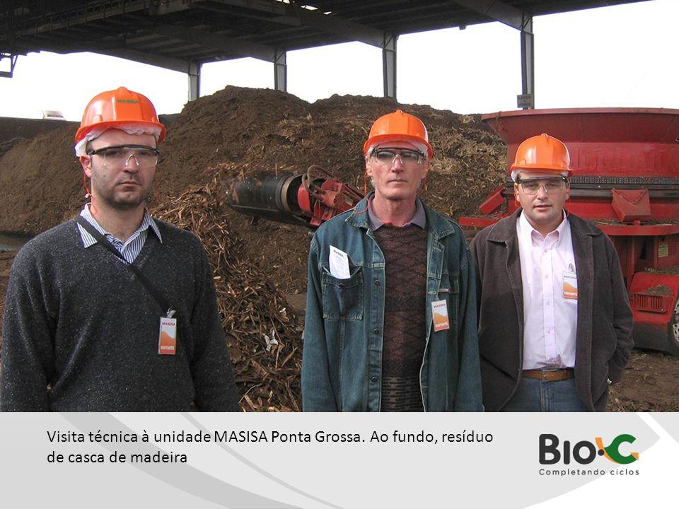 IMG_1560.jpg Visita técnica à unidade MASISA Ponta Grossa. Ao fundo, resíduo de casca de madeira