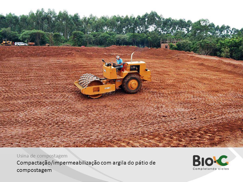 Compactação/impermeabilização com argila do pátio de compostagem