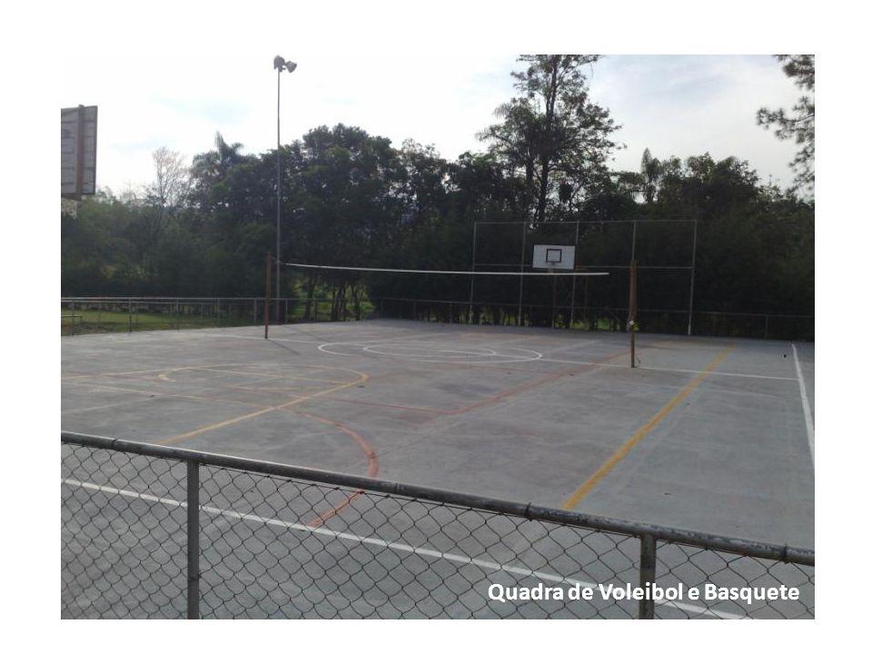 Quadra de Voleibol e Basquete