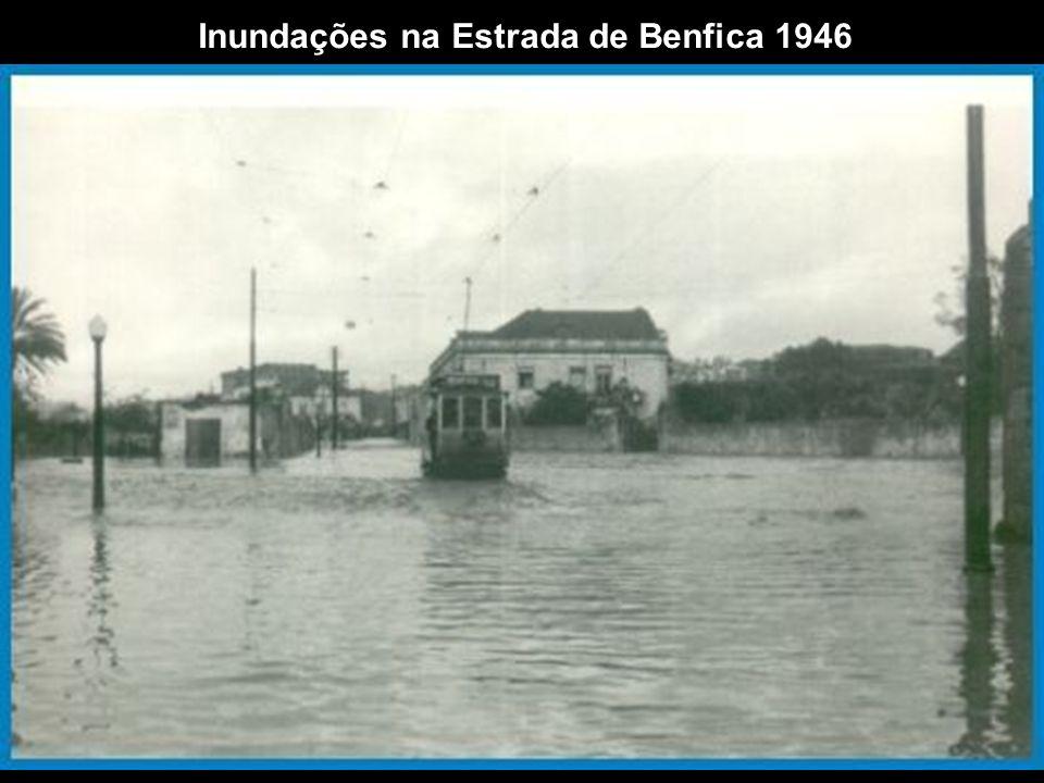 Inundações na Estrada de Benfica 1946