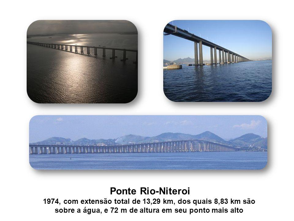 sobre a água, e 72 m de altura em seu ponto mais alto