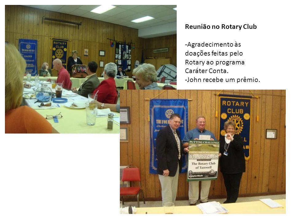 Reunião no Rotary Club Agradecimento às doações feitas pelo Rotary ao programa Caráter Conta.