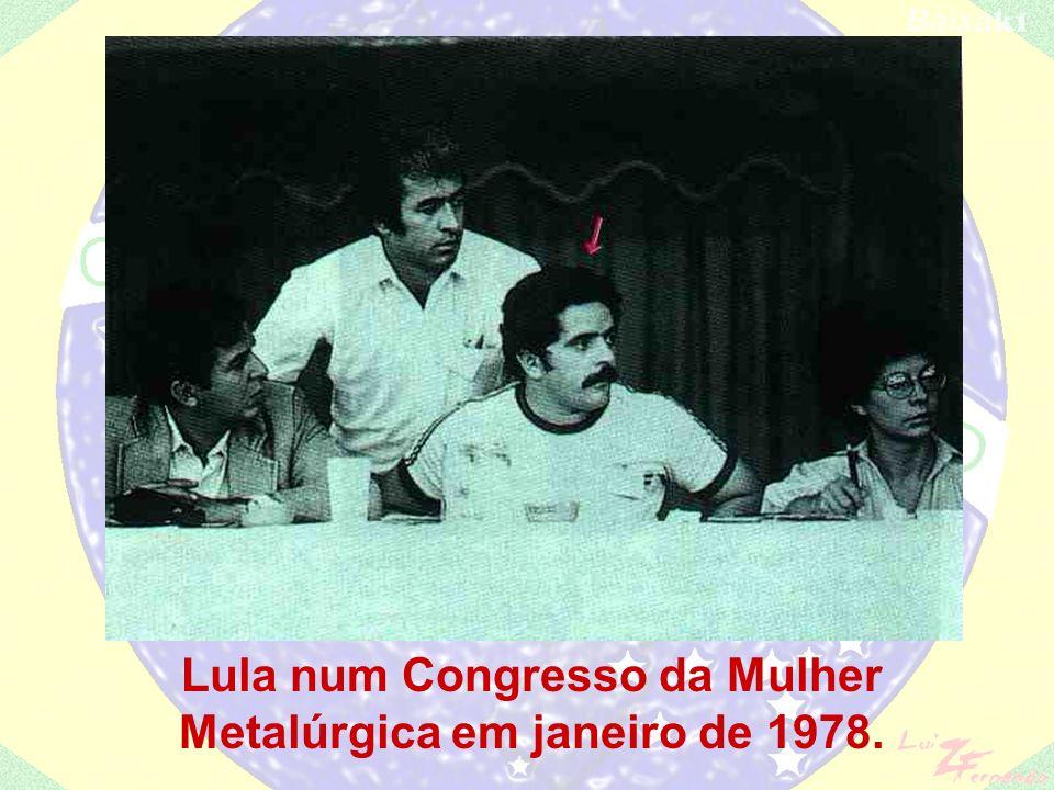 Lula num Congresso da Mulher Metalúrgica em janeiro de 1978.