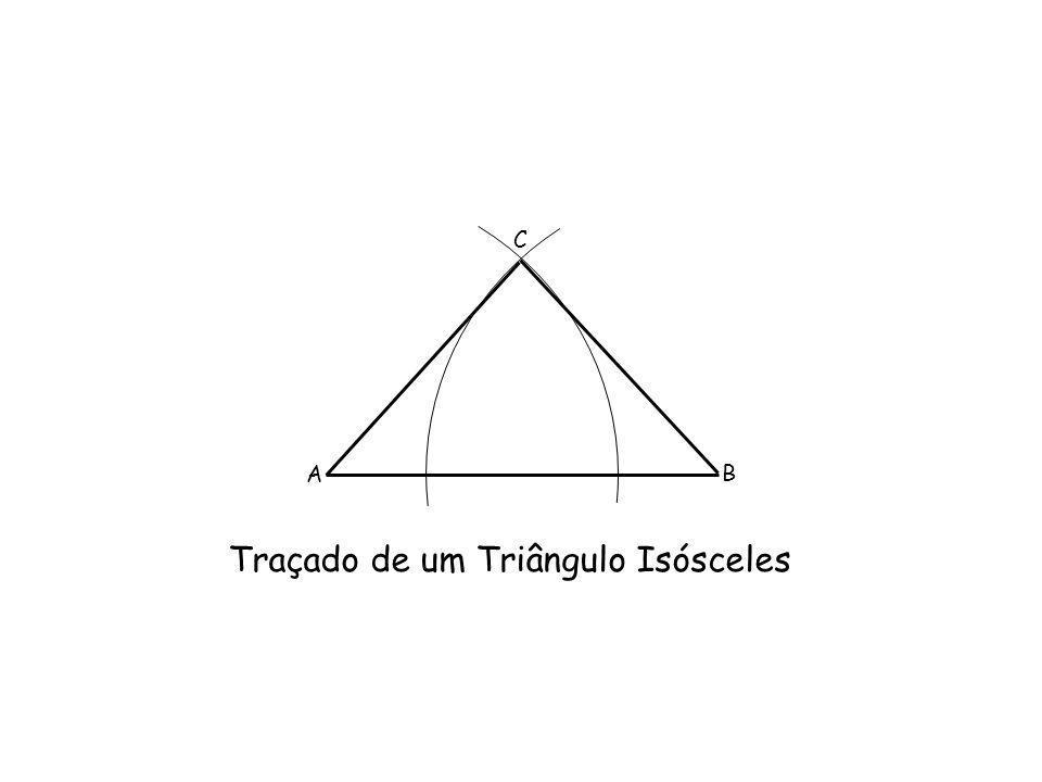 Traçado de um Triângulo Isósceles