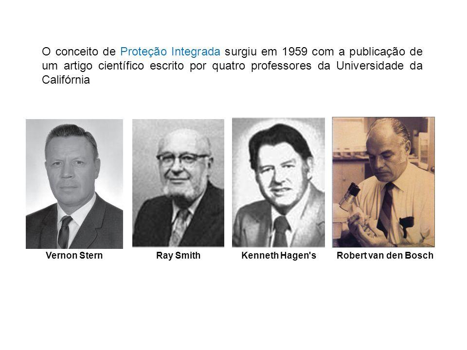 O conceito de Proteção Integrada surgiu em 1959 com a publicação de um artigo científico escrito por quatro professores da Universidade da Califórnia
