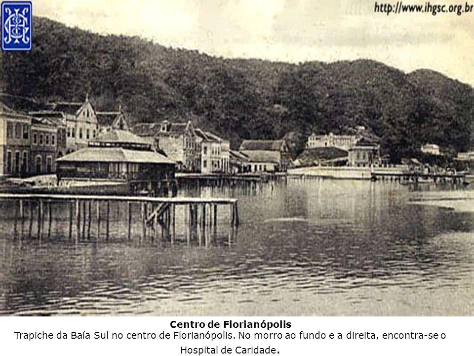 Centro de Florianópolis Trapiche da Baía Sul no centro de Florianópolis.