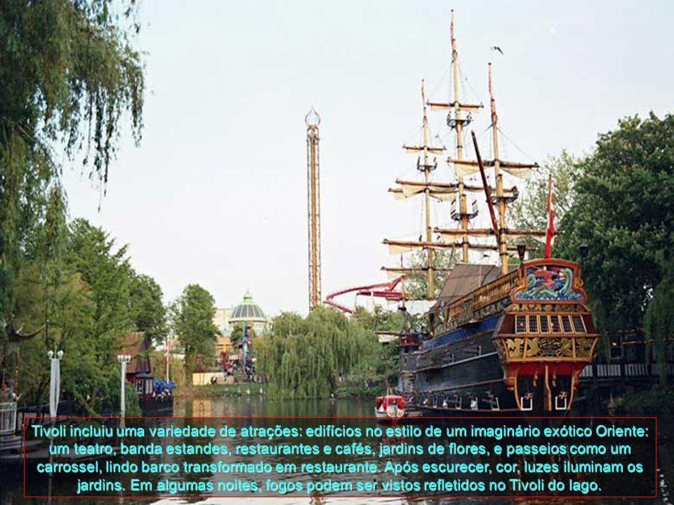 Tivoli incluiu uma variedade de atrações: edifícios no estilo de um imaginário exótico Oriente: um teatro, banda estandes, restaurantes e cafés, jardins de flores, e passeios como um carrossel, lindo barco transformado em restaurante.