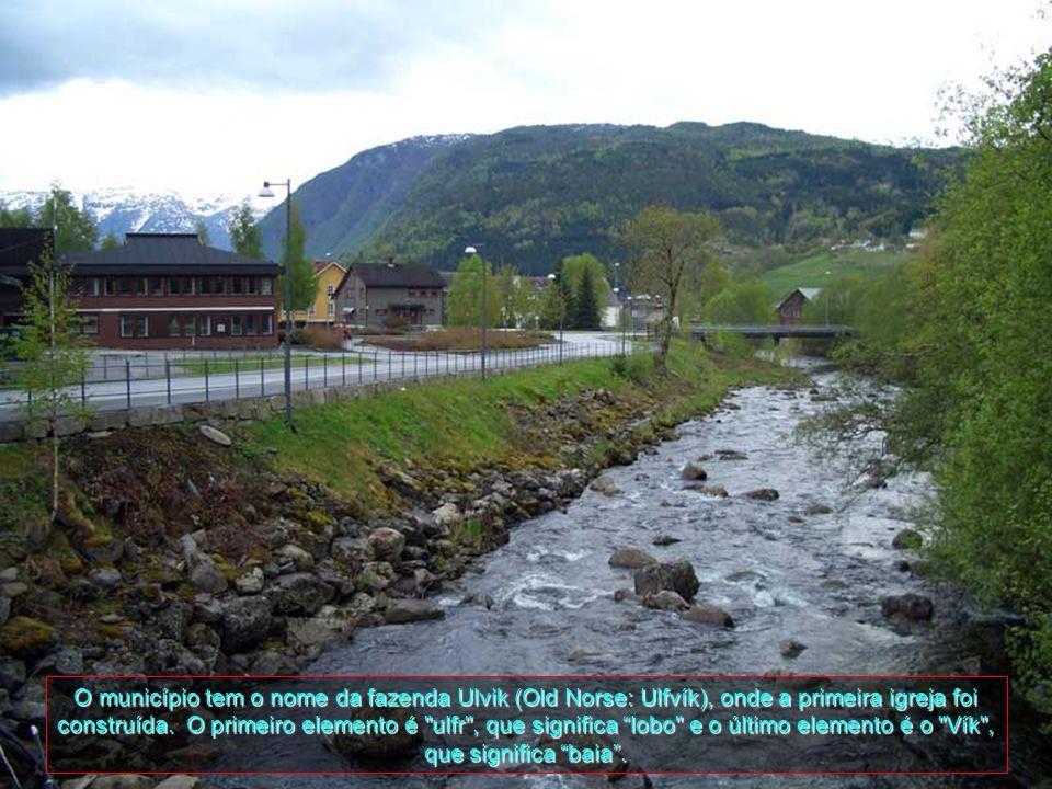 O município tem o nome da fazenda Ulvik (Old Norse: Ulfvík), onde a primeira igreja foi construída.