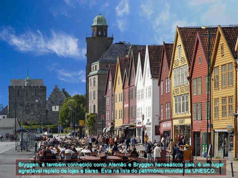 Bryggen, é também conhecido como Alemão e Bryggen hanseáticos cais, é um lugar agradável repleto de lojas e bares.
