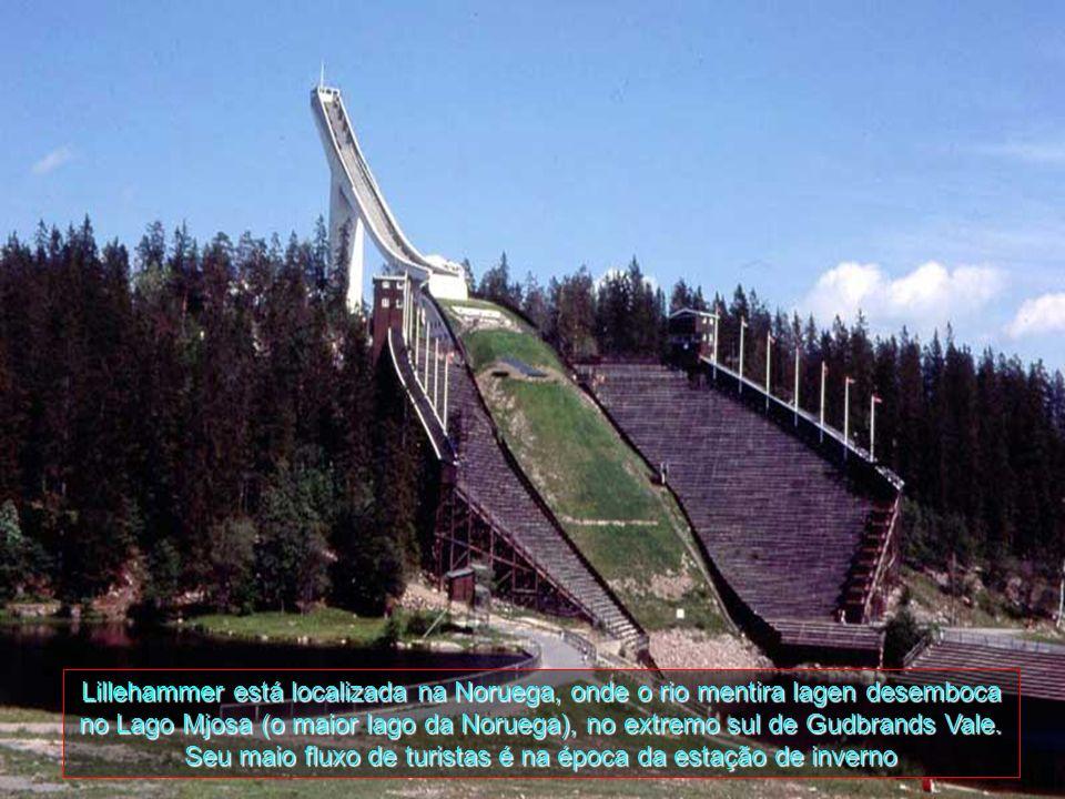 Lillehammer está localizada na Noruega, onde o rio mentira lagen desemboca no Lago Mjosa (o maior lago da Noruega), no extremo sul de Gudbrands Vale.