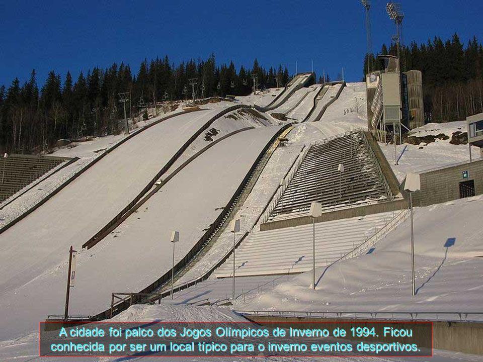 A cidade foi palco dos Jogos Olímpicos de Inverno de 1994