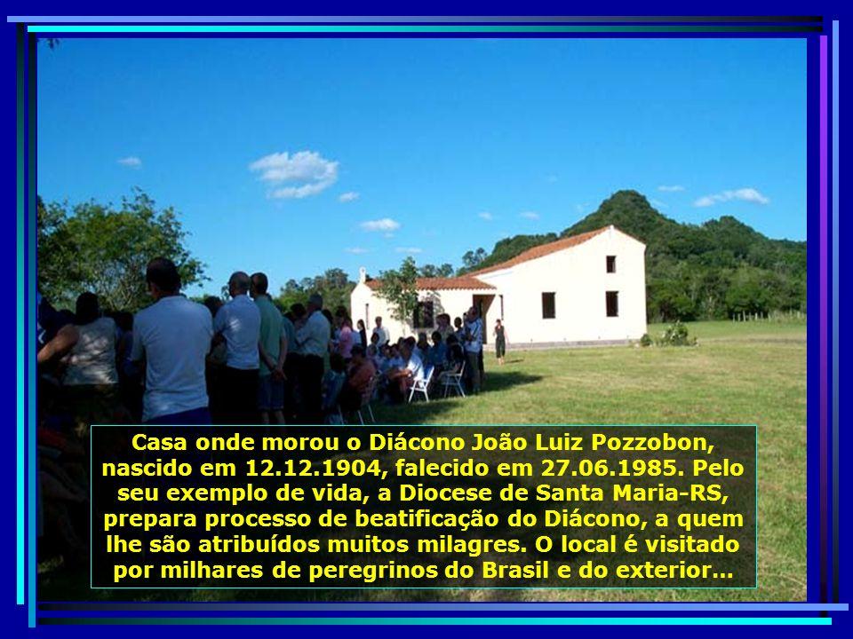 P0010734 - S. J. POLÊSINE - MISSA NA CASA DO DIÁCONO JOÃO LUIZ POZZOBON-650.