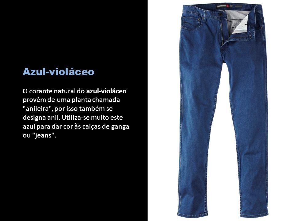 c Azul-violáceo.