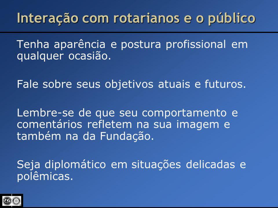 Interação com rotarianos e o público