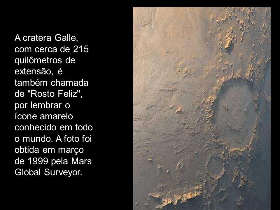 A cratera Galle, com cerca de 215 quilômetros de extensão, é também chamada de Rosto Feliz , por lembrar o ícone amarelo conhecido em todo o mundo.