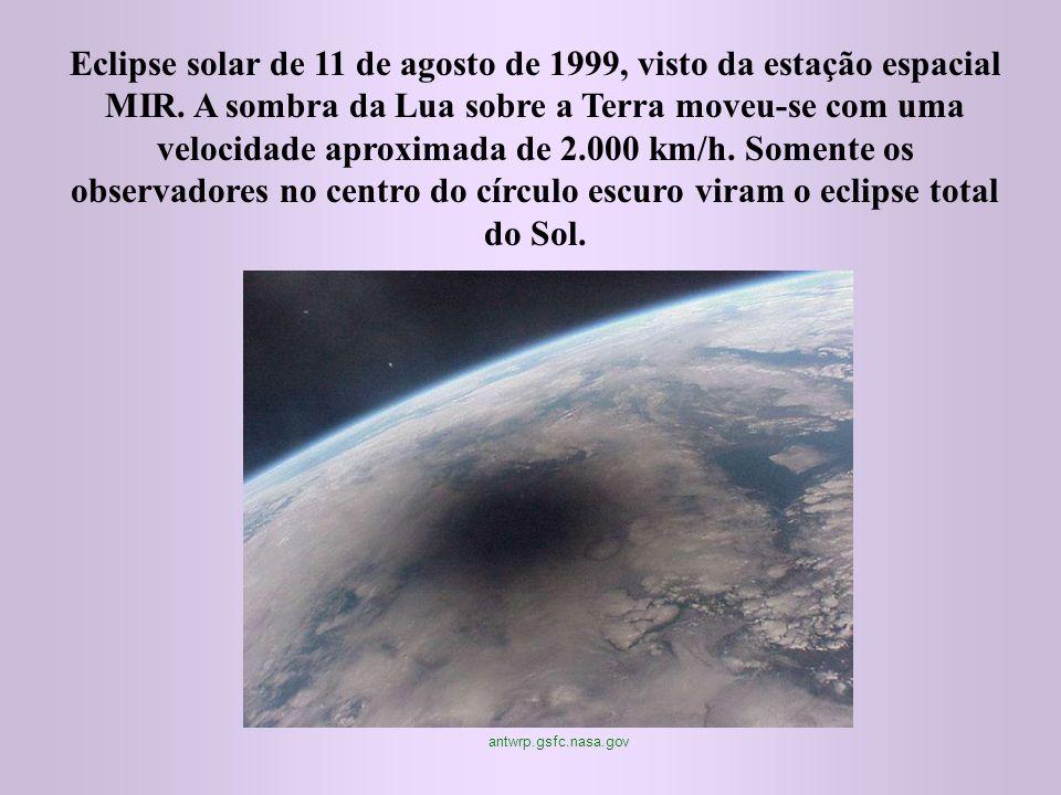 Eclipse solar de 11 de agosto de 1999, visto da estação espacial MIR