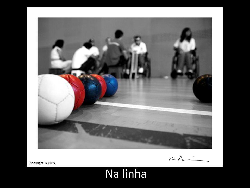 Copyright © 2009. Na linha