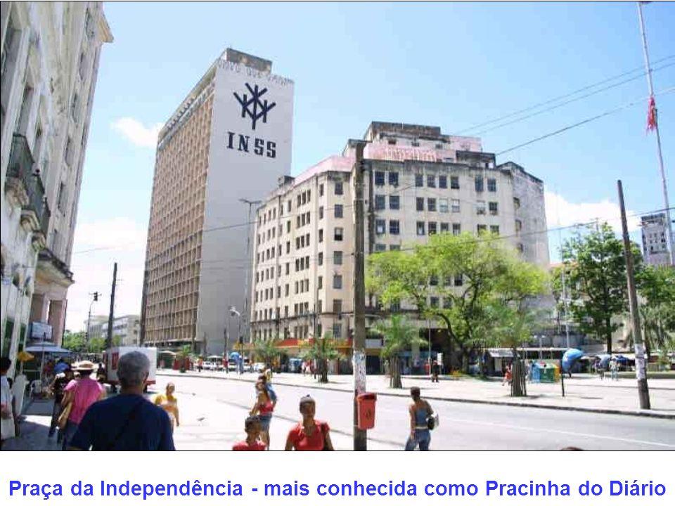 Praça da Independência - mais conhecida como Pracinha do Diário